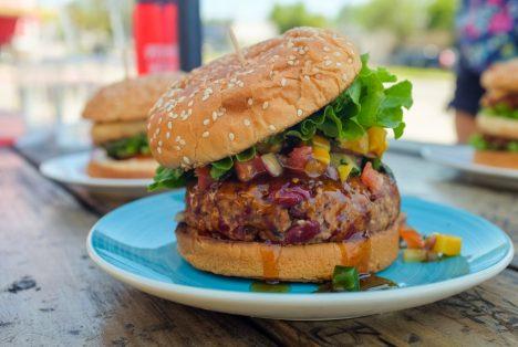 Webp.net resizeimage 17 468x314 - Vegán burger